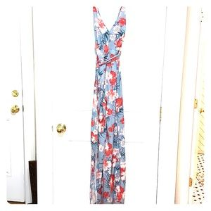 FLORAL JUMPSUIT WITH SLITS UP THE THIGHS